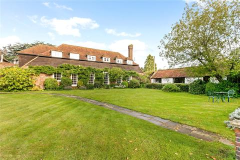 5 bedroom character property for sale - Church Road, Farnham Royal, SL2