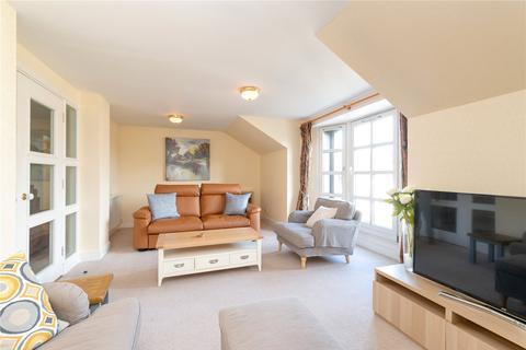 3 bedroom flat to rent - Cavalry Park Drive, Edinburgh, EH15