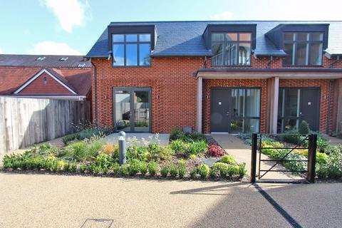 2 bedroom retirement property to rent - The Rise, Brockenhurst