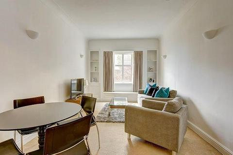 2 bedroom flat to rent - Strathmore Court, Park Road, London, NW8
