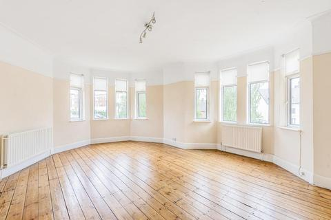 3 bedroom flat to rent - Donnington Road, London, NW10