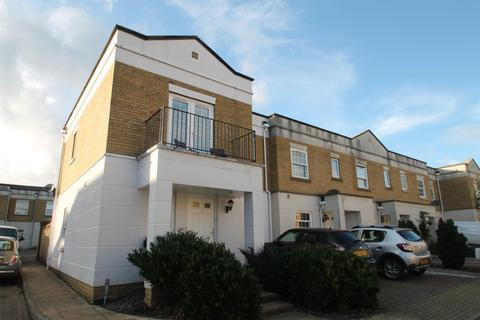 3 bedroom terraced house for sale - Coriander Drive, Maidstone