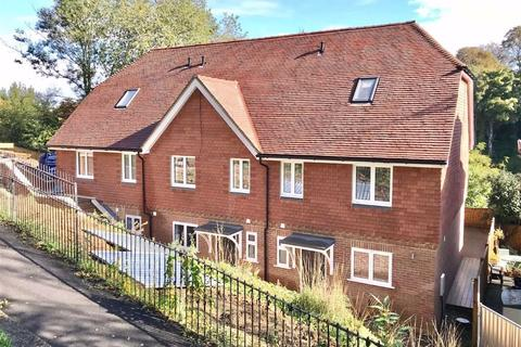 4 bedroom end of terrace house for sale - Holyoake Terrace, Sevenoaks, TN13