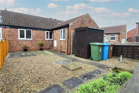1 bedroom terraced bungalow for sale - Church Close, Driffield, East Yorkshire