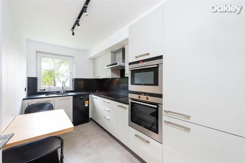 2 bedroom flat for sale - Kingsmere, Preston Park, Brighton
