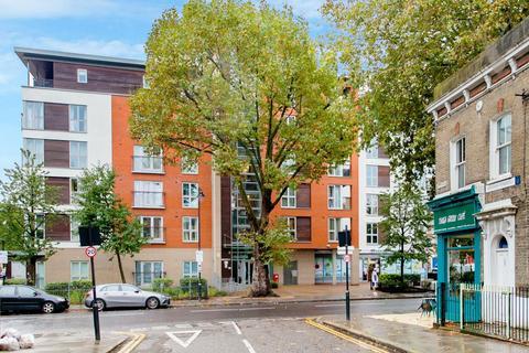 1 bedroom flat for sale - Tredegar Road, London