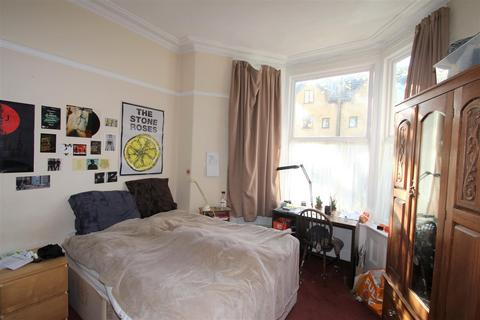 6 bedroom house to rent - 62 Western Road, Crookesmoor,  Sheffield