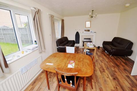 3 bedroom house - Falcon Close, NG7 - UoN/Jubilee