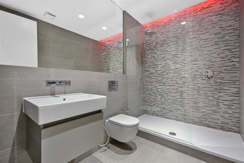 Wolverton Gardens   Shower Room.jpg