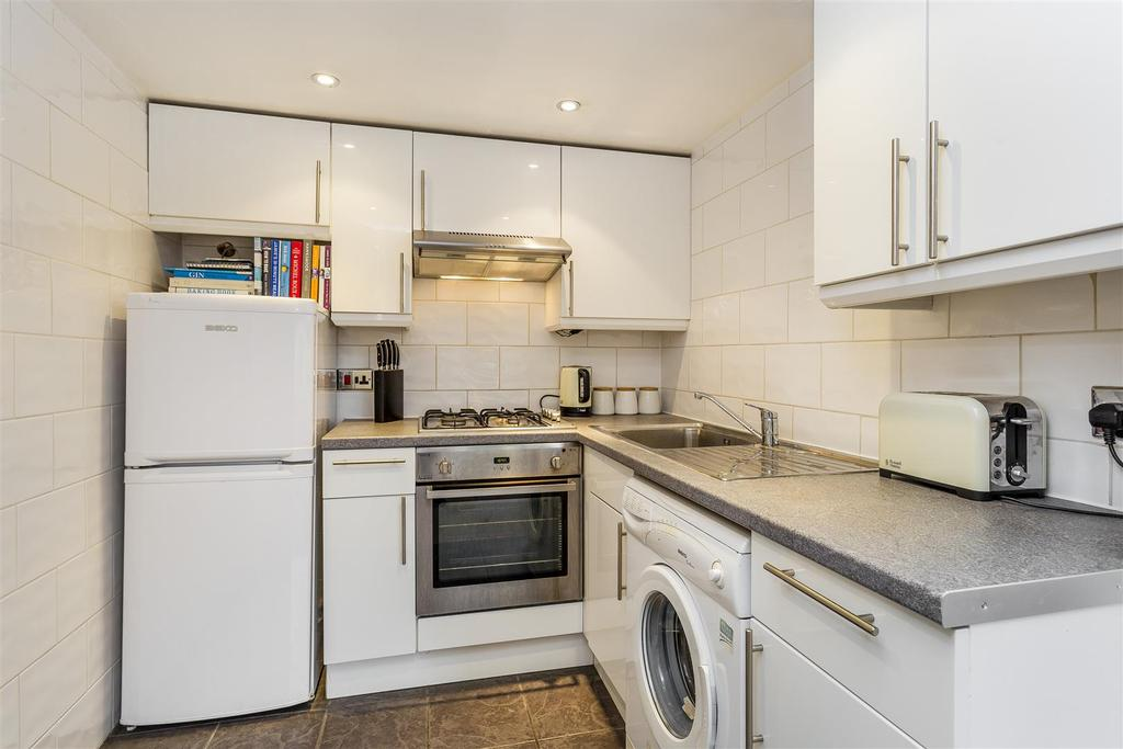 Lettings Hammersmith Sinclair Road   Kitchen.jpg