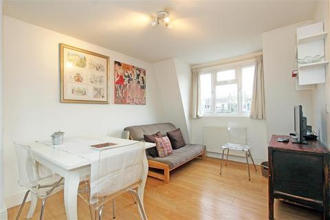 1 bedroom flat - Verbena Gardens, W6