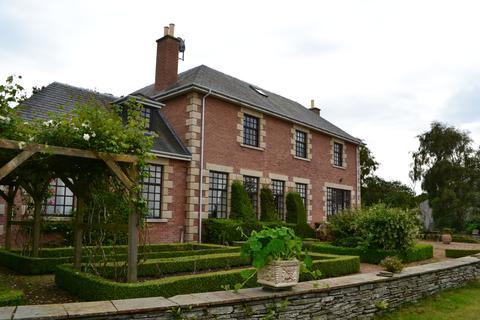 5 bedroom detached house to rent - Altonburn Road, Nairn