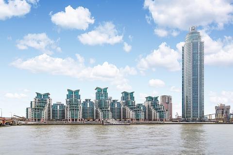 3 bedroom apartment for sale - St George Wharf, Nine Elms SW8