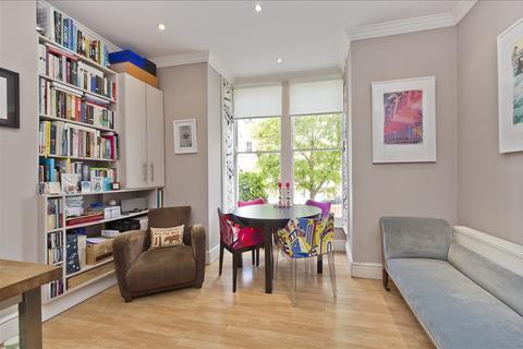 2 bedroom flat for sale - St Stephens Avenue, Shepherd's Bush W12