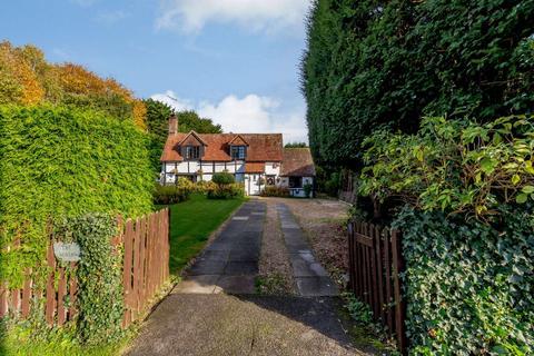 3 bedroom detached house for sale - Mill Lane, Ashington, Pulborough