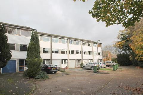 3 bedroom terraced house for sale - Green Park, Staines-Upon-Thames, TW18