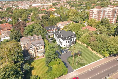 2 bedroom flat for sale - Christchurch Road, East Cliff, Bournemouth, Dorset, BH1