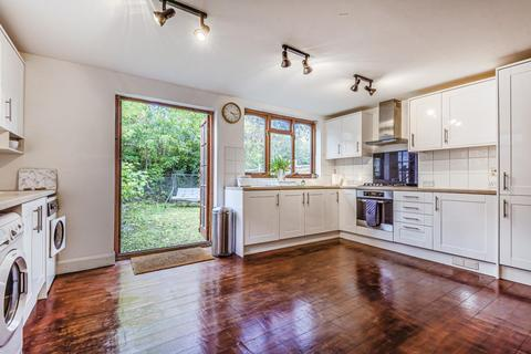 3 bedroom end of terrace house for sale - Firstway, Raynes Park