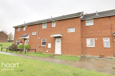 2 bedroom terraced house - Morris Close, Luton