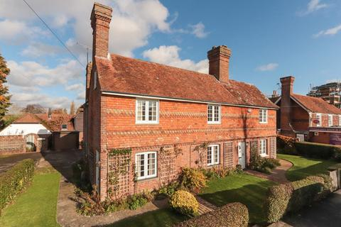 4 bedroom semi-detached house for sale - Unlisted Character Home in Benenden