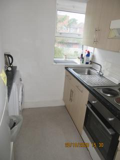 1 bedroom flat to rent - 97A Upper Clapton Rd , London E5
