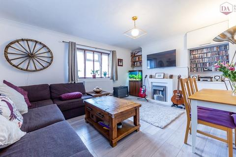 2 bedroom apartment for sale - Boyton Road, Hornsey N8