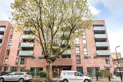 1 bedroom flat to rent - Butterfly Court, Bathurst Square, London, N15