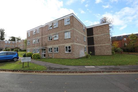 2 bedroom apartment to rent - Addington Road, Reading