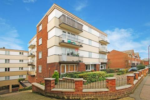 2 bedroom apartment to rent - St. Margarets Street, Rochester
