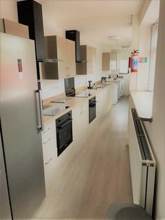 7 bedroom house to rent - St Helens Avenue, Brynmill, Swansea