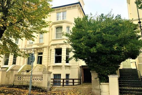 1 bedroom flat to rent - Buckingham Road, Brighton, BN1 3RA