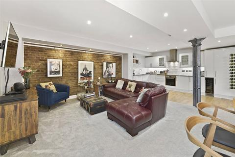 2 bedroom character property for sale - Dundee Court, 73 Wapping High Street, London, E1W