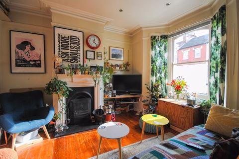3 bedroom terraced house for sale - Ferndale Road N15