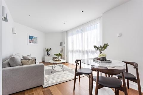 2 bedroom flat to rent - Queenstown Road, Battersea, SW8