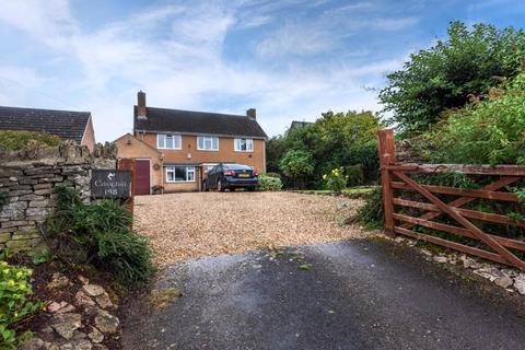 4 bedroom detached house for sale - LONG HANBOROUGH, Edinghill House, Main Road OX29 8JZ