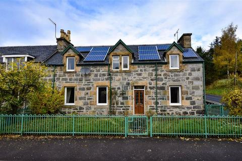 2 bedroom end of terrace house for sale - Kingussie