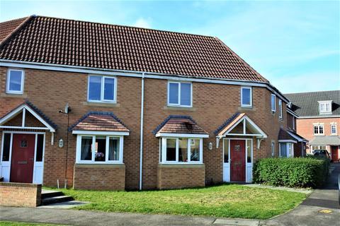 3 bedroom semi-detached house for sale - Neals Crescent, Grantham