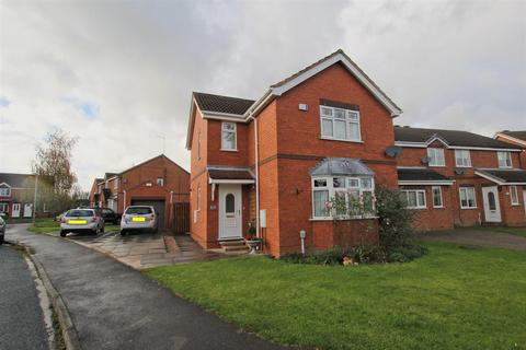 3 bedroom detached house - Lilac Avenue, Beverley