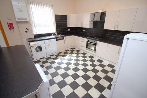 5 bedroom house to rent - Woodsley Road, Leeds, West Yorkshire