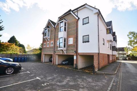1 bedroom apartment for sale - The Old Kiln, Crondall Lane, Farnham