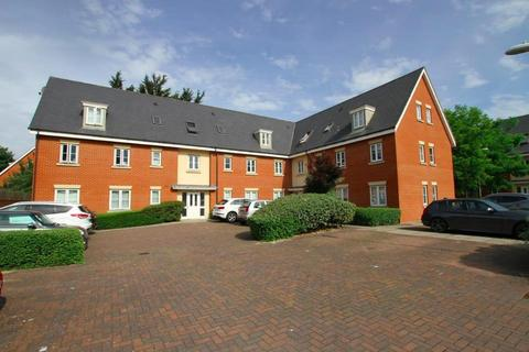 2 bedroom flat to rent - Priory Chase, Rayleigh, Essex