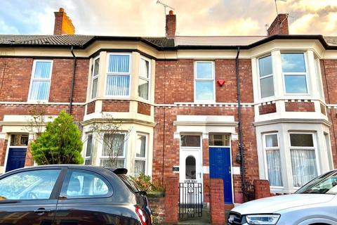 3 bedroom flat for sale - Belford Terrace, North Shields, Tyne and Wear, NE30 2BZ