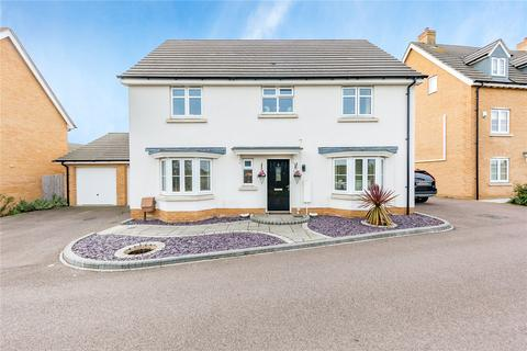 4 bedroom detached house for sale - Cowlin Mead, Chelmsford, Essex, CM1