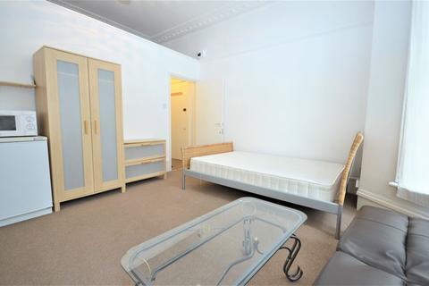 Studio to rent - Wilmot Place, Camden NW1 9JW