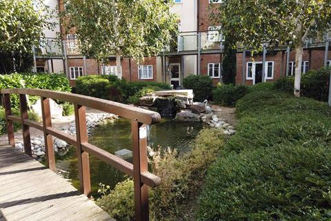 2 bedroom apartment for sale - Horley