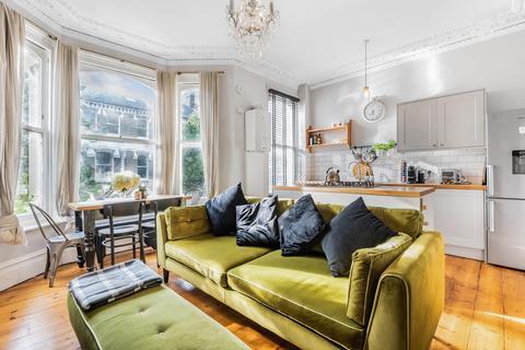 2 bedroom flat for sale - St. Luke's Avenue, Clapham