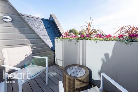1 bedroom flat to rent - Walpole Court, Ealing Green, W5