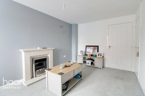 2 bedroom terraced house - Faraday Drive, Sheppey Kent