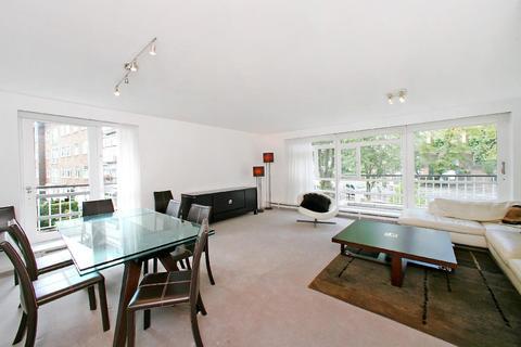 3 bedroom flat - Sheringham, Queens Mead, St John's Wood Park, St John's Wood, London, NW8