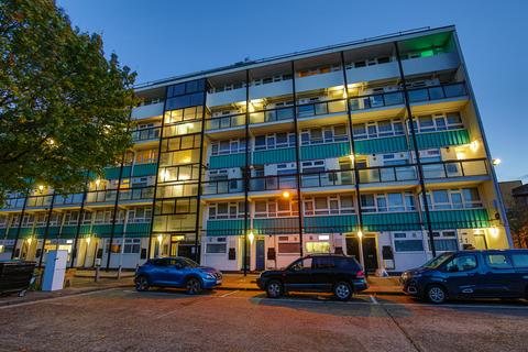 2 bedroom maisonette for sale - Dartford Street, London SE17